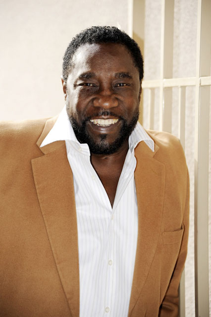 gerald levert dating monique Gerald brought kim to hollywood she stayed with him and she attributes her start to him they go way back to their days in cleveland and kym always publicly expressed her love for gerald mo and kim fell out when gerald started dating monique they made up after gerald died during monique's radio days.